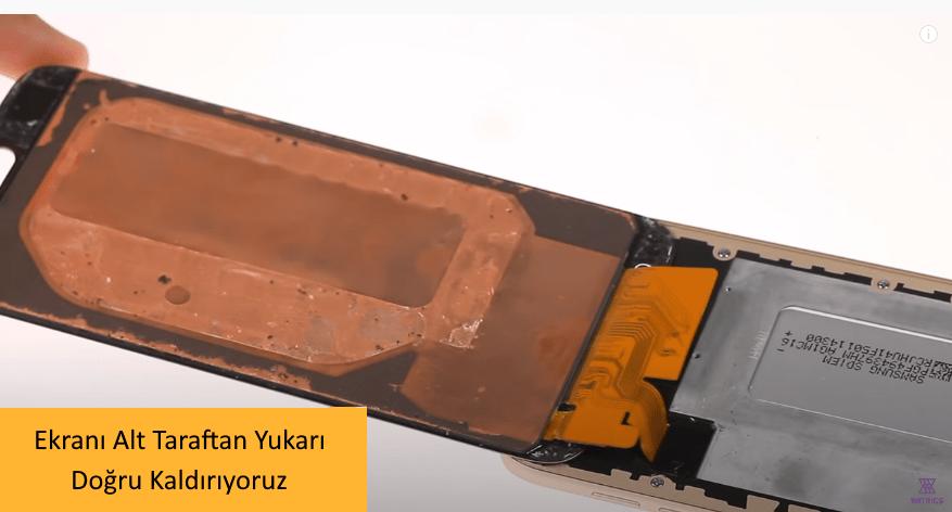 Samsung J7 Pro Ekran Degisimi 6