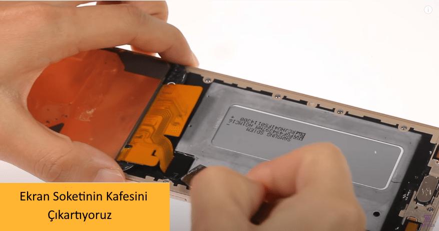 Samsung J7 Pro Ekran Degisimi 7